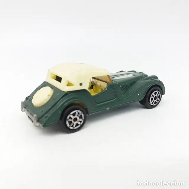 Coches a escala: Morgan Plus 8 verde con capota clara referencia 261 escala 1:50 de Majorette versión año 1988 - Foto 2 - 244026930
