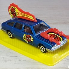Coches a escala: CHRYSLER 150 *SPIDERMAN* SPIDER-MAN REF. 2156, METAL ESC. 1/64, MIRA IBI MADE IN SPAIN, AÑOS 70-80.. Lote 245549980