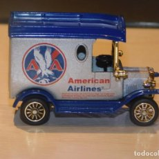 Coches a escala: FURGONETA BEDFORD *AMERICAN AIRLINES * 1:64. GOLDEN WHEEL. NUEVO. 1996. 4 FOTOS. Lote 245715885