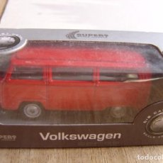 Coches a escala: VOLKSWAGEN T2 BUS. -COCHES LEGENDARIOS-. WELLY SUPER9. SCALE MODELS 1/60. Lote 254051560