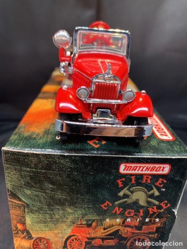 Coches a escala: MATCHBOX FIRE ENGINE, MACK AB FIRE ENGINE 1935, NUEVO C/CAJA - FLA - Foto 3 - 254159325