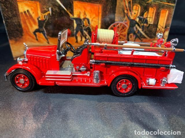Coches a escala: MATCHBOX FIRE ENGINE, MACK AB FIRE ENGINE 1935, NUEVO C/CAJA - FLA - Foto 5 - 254159325