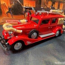 Coches a escala: MATCHBOX FIRE ENGINE, CADILLAC FIRE WAGON 1933, NUEVO C/CAJA - FLA. Lote 254162430