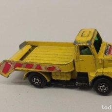 Auto in scala: COCHE GUISVAL - CAMION VOLVO. Lote 257526320