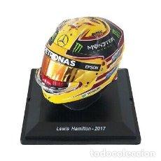 Coches a escala: CASCO LEWIS HAMILTON F1 WORLD CHAMPION 2017 1:5 SPARK EDITIONS. Lote 262585510
