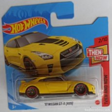 Coches a escala: HOT WHEELS '17 NISSAN GT-R (R35). THEN AND NOW 2/10 (1). Lote 262609910
