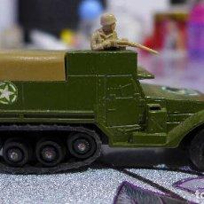 Coches a escala: K-108 M3 HALF TRACK DE MATCHBOX BATTLE KINGS LESNEY. Lote 263191425