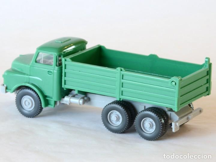 Coches a escala: Wiking Escala H0 1:87 Camión Volquete MAN - Foto 2 - 268719054