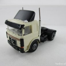 Auto in scala: CAMION HERPA 1:87 R-K. Lote 268977324