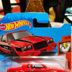 Auto in scala: HOT WHEELS: '87 BUICK REGAL GNX (MUSCLE MANIA) (MATTEL). Lote 276576348