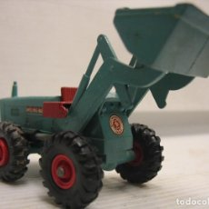 Coches a escala: TRACTOR MATCHBOC Y PALA. Lote 283103928