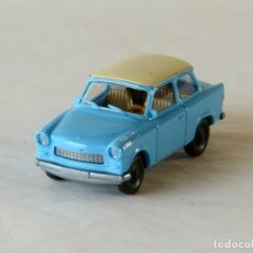 Auto in scala: WIKING ESCALA 1:87 H0 TRABANT 601S CON CAJA. Lote 287743763