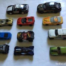 Carros em escala: LOTE DE 11 COCHES A ESCALA CON DEFECTOS. HOT WHEELS MAYSTO GUISVAL MAJORETTE SIN MARCA. Lote 293205223