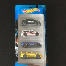 Coches a escala: HOT WHEELS 2016 - NIGHTBURNERZ PACK 5 COCHES - VOLKSWAGEN NEW BEETLE CUP NISSAN SKYLINE AUDACIOUS. Lote 295496393