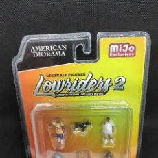Coches a escala: FIGURAS 1/64 LOWRIDERS 2 - DIORAMA. Lote 295505243