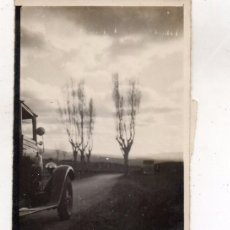 Coches: AUTOMOVILES. DOS FOTOS. Lote 105664127