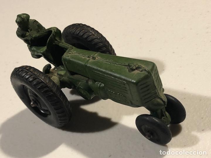 Coches: Tractor de juguete verde. Marca Auburn Rubber. Made In USA. - Foto 2 - 230790450