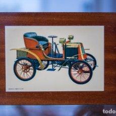 Coches: LÁMINA COCHE ANTIGUO RENAULT 1899 3 1/2 HP MONTADA EN MADERA AÑOS 60. Lote 243105520