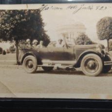 Coches: FOTOGRAFÍA HABANA JULIO 1925. COCHE DE EPOCA DE FEFERICO GUTIÉRREZ. CASA DE BORDADOS , CASA FEDERICO. Lote 244774230