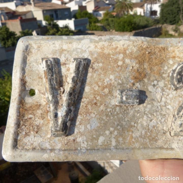 Coches: Antigua placa de matricula de automóvil valencia 1924 - Foto 2 - 272984793