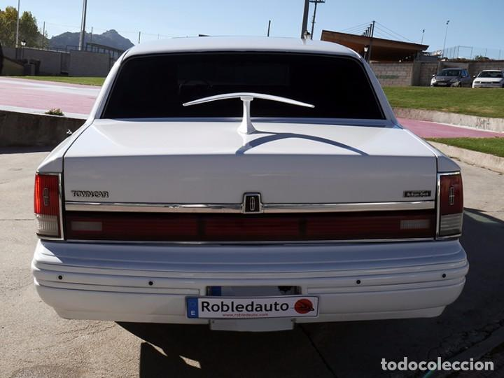 Coches: Ford Lincoln Town Car (limusina) - Foto 6 - 98188727