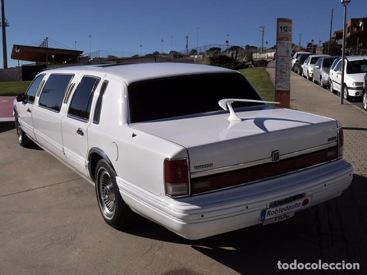 Coches: Ford Lincoln Town Car (limusina) - Foto 7 - 98188727