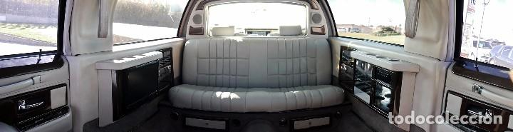 Coches: Ford Lincoln Town Car (limusina) - Foto 19 - 98188727