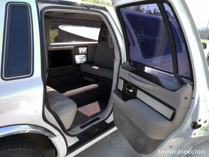 Coches: Ford Lincoln Town Car (limusina) - Foto 21 - 98188727