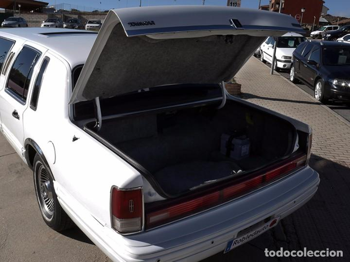 Coches: Ford Lincoln Town Car (limusina) - Foto 24 - 98188727