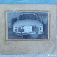 Coches: FOTOGRAFIA COCHE CLASICO RENAULT. Lote 116122743