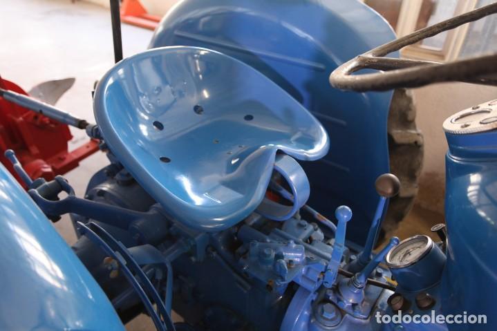 Coches: EXTRAORDINARIO TRACTOR FORDSON DEXTA DE 1978, MOTOR DE GASOLEO. LEER MAS... - Foto 4 - 131488498