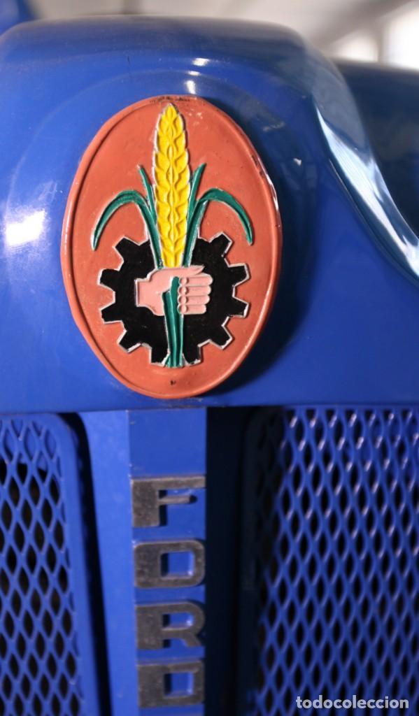 Coches: EXTRAORDINARIO TRACTOR FORDSON DEXTA DE 1978, MOTOR DE GASOLEO. LEER MAS... - Foto 10 - 131488498