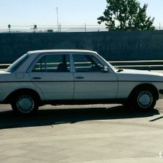 Coches: MERCEDES 300 D. Lote 133458830