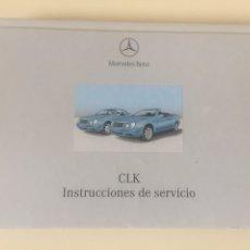 Coches: LIBRO DE INSTRUCCIONES DE SERVICIO MERCEDES CLK 21X16CM. Lote 176984809
