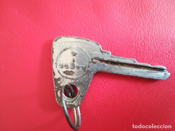 Coches: Antiguo llave de coche Rusia URSS MOSCVICH, original - Foto 4 - 183683897