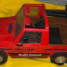 Carros: COCHE RADIO CONTROL MERCEDES BENZ TIP-G 4X4 RICO SPAIN LE FALTA EL MANDO VIENE TAL CUAL SIN PROBAR. Lote 223979395