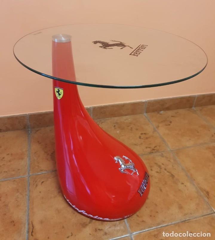 Coches: Ferrari. Mesa auxiliar en fibra de vidrio y cristal templado. - Foto 8 - 276673453