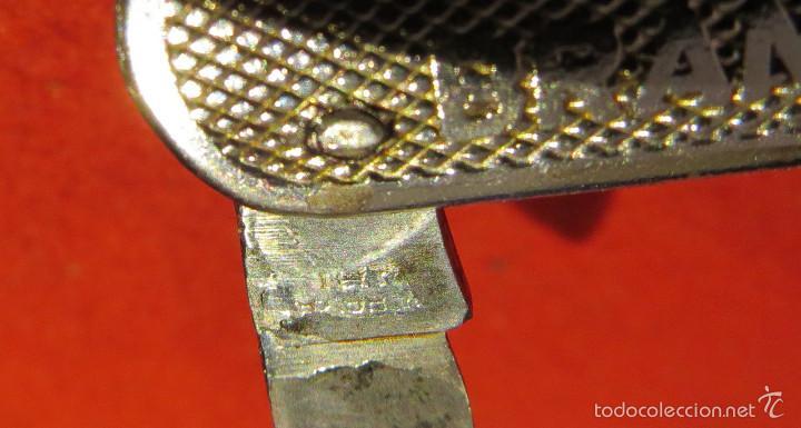 Abrebotellas y sacacorchos de colección: ANTIGUO ABRIDOR / ABREBOTELLAS DE METAL - BRANDY VETERANO OSBORNE - Foto 2 - 122459916