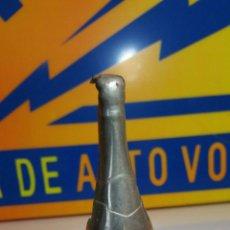 Abrebotellas y sacacorchos de colección: ABREBOTELLAS BREVETE, EN FORMA DE BOTELLA DE CAVA.. Lote 86560232