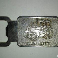 Abrebotellas y sacacorchos de colección: ABREBOTELLAS JOHN DEERE. Lote 108365816