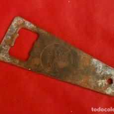 Abrebotellas y sacacorchos de colección: ANTINGUO ABREBOTELLAS DE METAL COCA COLA - ABRIDOR DE BAR - CAMARERO - CERVEZA. Lote 132346506