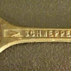 Abrebotellas y sacacorchos de colección: ABRIDOR SCHWEPPES. Lote 134061150