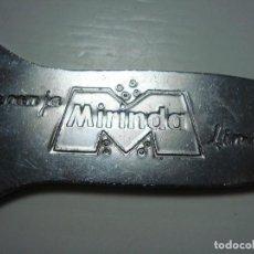 Abrebotellas y sacacorchos de colección: ABRIDOR ANTIGUO DE MIRINDA. Lote 137845194