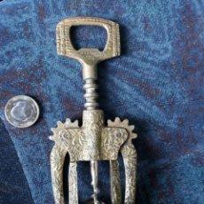 Abrebotellas y sacacorchos de colección: ISABELINO. Lote 170139142
