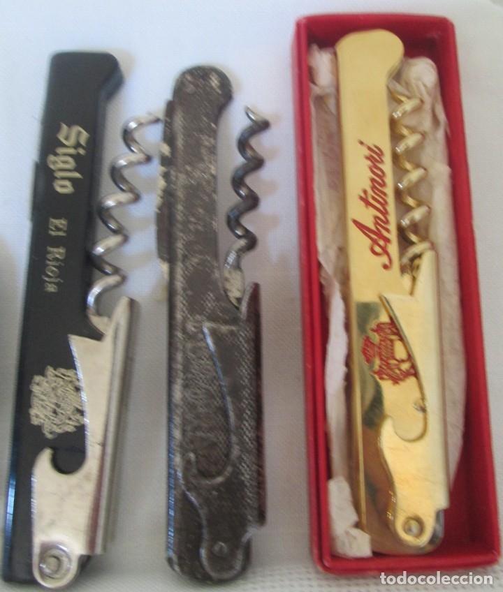 Abrebotellas y sacacorchos de colección: Lote de 6 abridores. Distintos modelos, distintas épocas - Foto 4 - 178243650