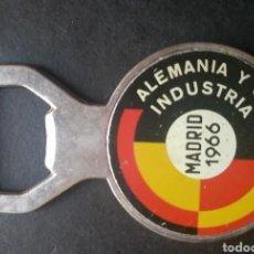 Abrebotellas y sacacorchos de colección: ABREBOTELLAS MADRID 1966 ALEMANIA Y SU INDUSTRIA. Lote 191383111