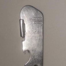 Abrebotellas y sacacorchos de colección: ANTIGUO ABRELATAS - ABREBOTELLAS - MENAKO - VER FOTOS. Lote 195675423