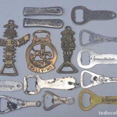 Abrebotellas y sacacorchos de colección: LOTE DE 14 ABREBOTELLAS METALICOS.. Lote 199677427