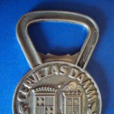 Abrebotellas y sacacorchos de colección: (PUB-200710)ABRIDOR DE PLATA CERVEZAS DAMM 1876 . MEDIDAS 7 X 4 CM.. Lote 210649063