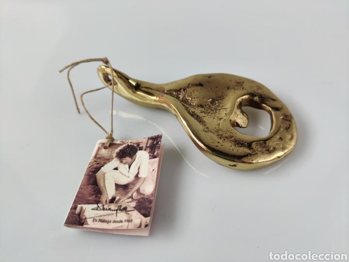 Abrebotellas y sacacorchos de colección: Abridor abrebotellas escultura de David Marshall - Foto 5 - 211677053